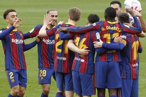Radosť hráčov FC Barcelona.