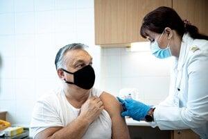 Maďarský premiér Orbán dostal vakcínu proti koronavírusu.