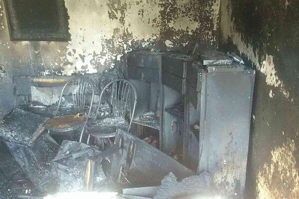Po požiari ostala v dome doslova spúšť.
