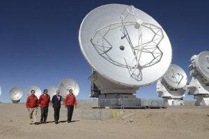 Rádioteleskop v čilskej púšti Atacama.