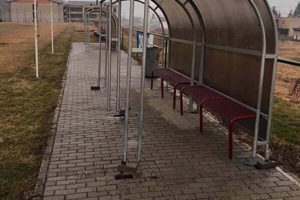 Vandali vyčíňali na ihrisku v Turzovke.