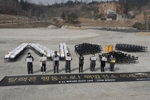 Spomienková slávnosť na udalosti vo Fukušime prebehla aj v Južnej Kórei.