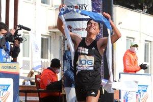 Olivas Núnez Andrés Eduardo z Mexika sa stal víťazom na 20 kilometrov mužov počas jubilejného 40. ročníka Dudinskej päťdesiatky.