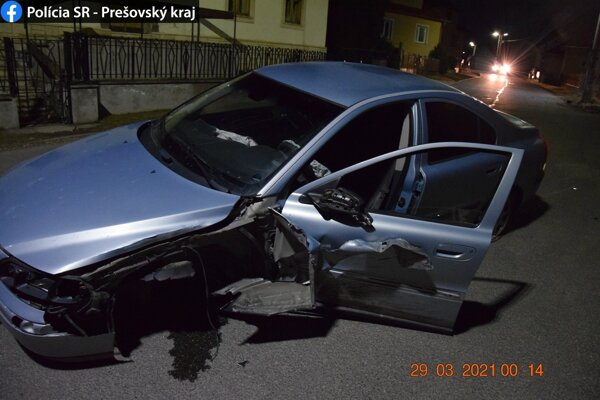 Pri nehode k zraneniam osôb nedošlo.
