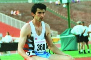 Štefan Balošák na štarte pretekov.