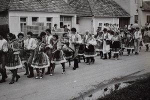 Annabálový sprievod v 70. rokoch.
