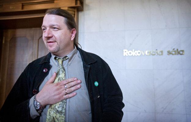 3. apríl 2012, Bratislava. Novozvolený poslanec NR SR Branislav Škripek.