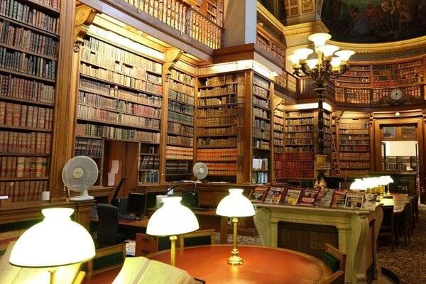 Knižnica Palais Bourbon / Paríž