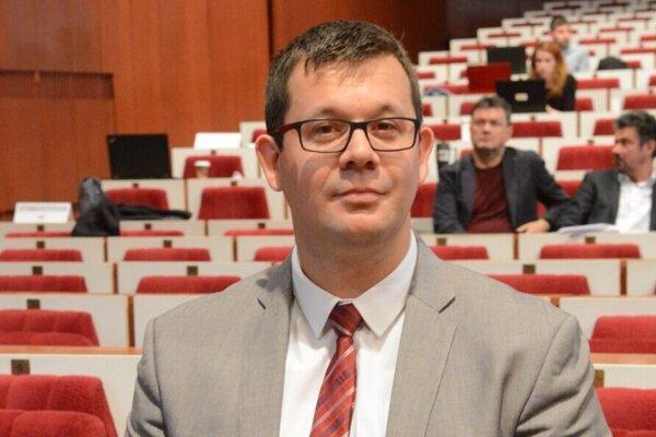 Riaditeľ BPMK Peter Vrábel.