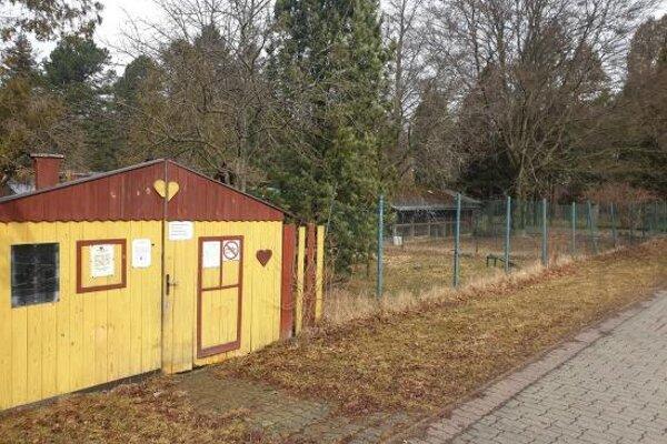Zoo kútik pri Hrádockom arboréte.