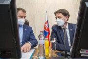 Minister financií Igor Matovič a premiér Eduard Heger.
