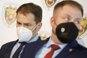 Podpredseda vlády a minister financií Igor Matovič (OĽaNO) a prezident Finančnej správy Jiří Žežulka.