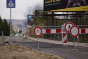 Ulica je pre cyklistov a peších uzatvorená už od septembra.
