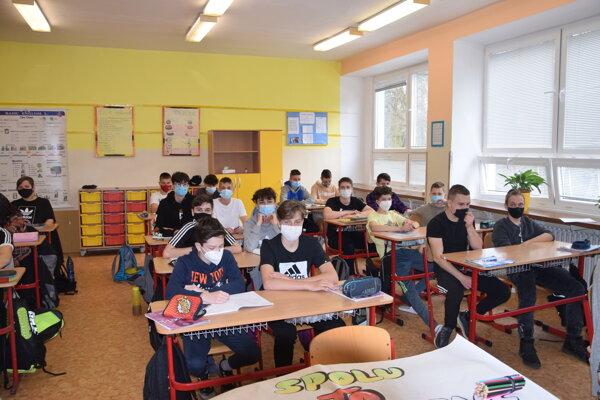 Na úvod boli školáci uzavretejší, no rýchlo sa to zmenilo.