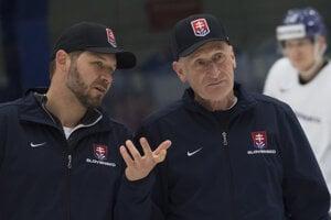 Ján Lašák (vľavo) s trénerom slovenskej reprezentácie Craigom Ramsaym.