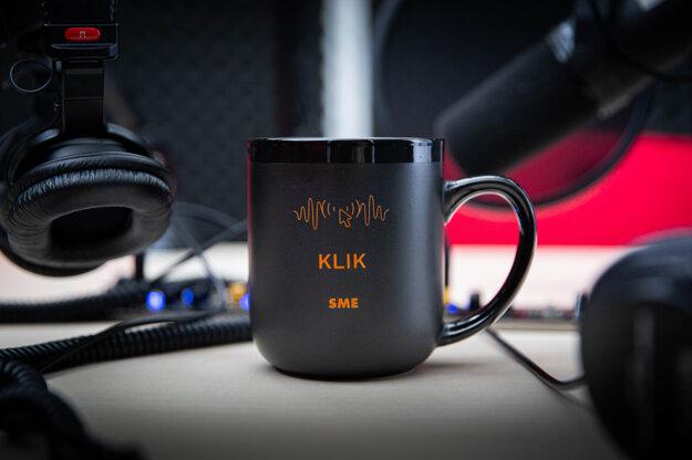 Keramický hrnček (450 ml) - podcast Klik