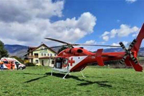 V Závadke nad Hronom dnes zasahoval vrtuľník.