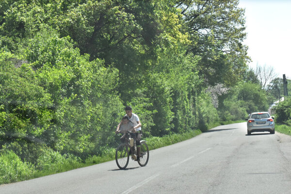 Miestnych cyklistov na ceste pri Jasove by mali vystriedať profíci s hviezdnymi menami, možno aj vrátane Petra Sagana.
