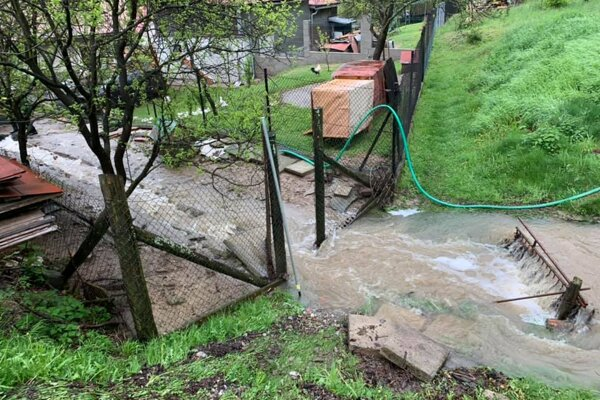 V Ochodnici voda zatápala aj dvory či pivnice.