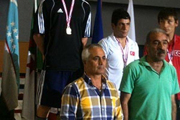 Jozef Sirotek na najvyššom stupni v Istanbule.