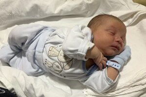 Adam Kochan (3790 g, 53 cm) sa narodil 5. mája Kataríne a Marekovi z Bošáce.