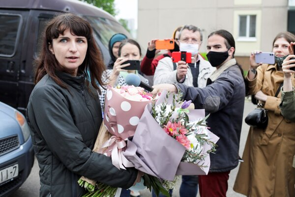 Katsiaryna Barysevičová po prepustení. Jej Tut.by je odpojené.