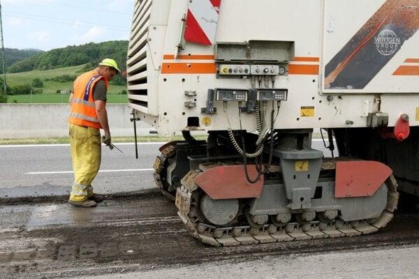 Cestárov čaká oprava úseku dlhého 1,6 kilometra.