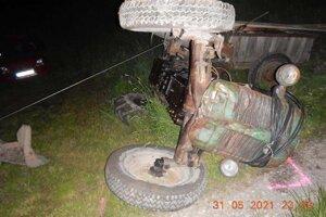 V obci Vyhne došlo v pondelok večer k tragickej nehode traktoristu.