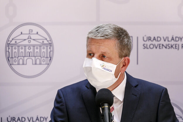 Minister Lengvarský.