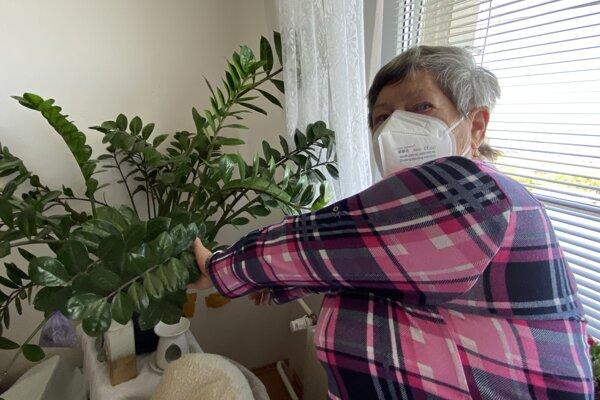 Pani Beáta má vo svojom problém s dýchaním.