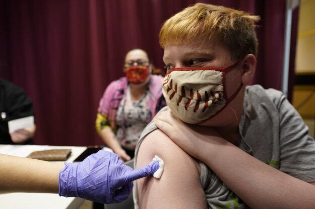 Deti od 12 rokov sa môžu očkovať iba Pfizerom.