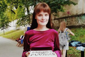 Artivistka Kristína Červeňáková sa protestov zúčastňovala už na strednej škole. Neskôr organizovala vegánsku večeru aj swapy.