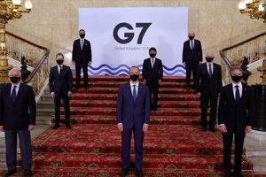 Skupina G7.