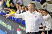 Tréner slovenskej basketbalovej reprezentácie žien Juraj Suja.
