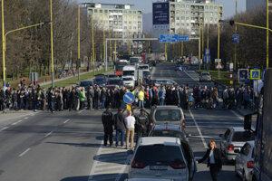 Blokáda cesty v Prešove na Levočskej ulici v marci 2017.