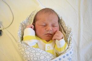 Emma Matejovičová (3690 g, 51 cm) sa narodila 7. júna Dominike a Michalovi zo Záblatia.