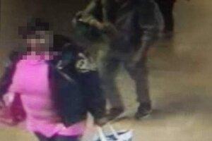 Páchateľku usvedčilo aj oblečenie, ktoré polícia uvidela sušiť sa na streche.