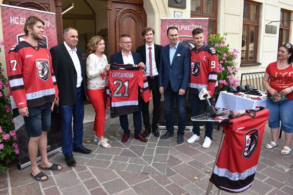 Predstavenie nového hokejového klubu HC 21 Prešov.
