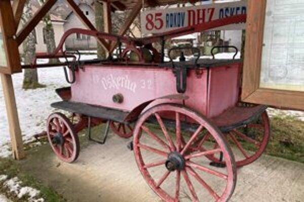 Starú hasičskú striekačku nechali zrekonštruovať