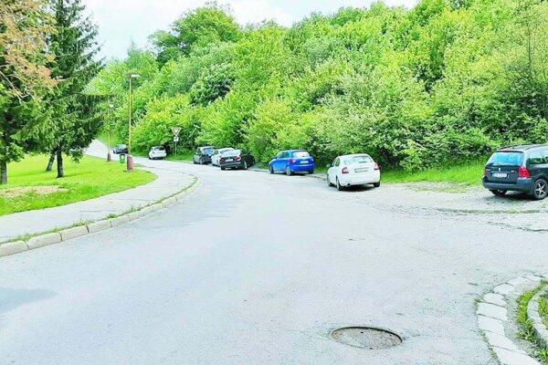 Koniec Ulice Východná, kde začali výstavbu parkoviska