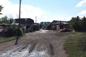 Čierne stavby v osade na Gerbovej má pomôcť odstrániť petícia.