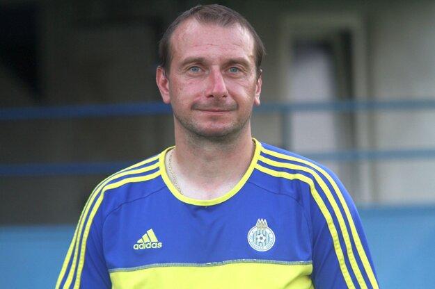 Stanislav Husár v treťoligových Vrábľoch skončil, ale kariéru by si ešte rád predĺžil v nižšej súťaži.