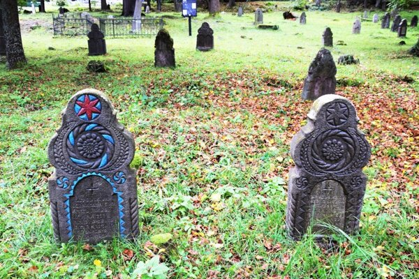 Novohradské náhrobníky sú unikátne, zaslúžia si aby sa im venovala väčšia pozornosť.