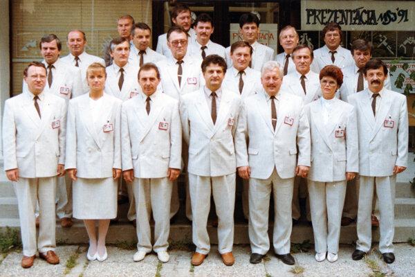 Členovia organizačného výboru MSJ´91 v Prievidzi.