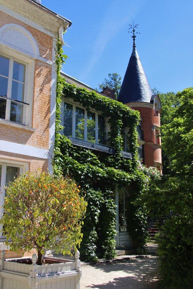 Dom Chateaubrianda v Chatenay-Malabry