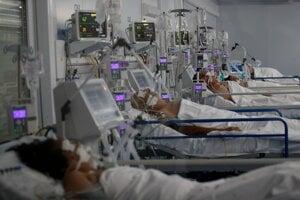 Pacienti v nemocnici, ilustračné.