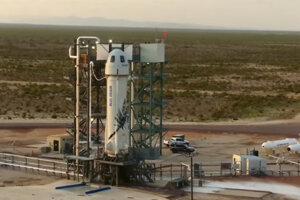 Raketa New Shepard od spoločnosti Blue Origin pred štartom