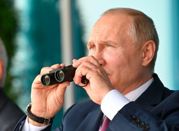 Putin na leteckom veľtrhu.