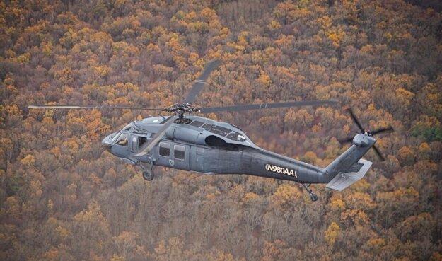 Vrtuľník Sikorsky UH-60 Black Hawk je vlajkovou loďou strojového parku výcvikového strediska pilotov v Košiciach.