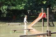 Detské ihrisko pod vodou.